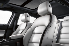 2017-infiniti-qx30-crossover-drivers-seat-details